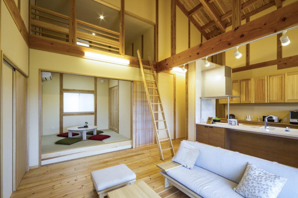 天井高6mを誇るダイナミック住空間のある平屋